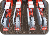 Independent seeding units